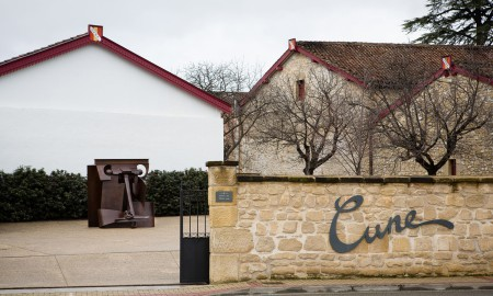 11/2/16 Anthony Caro sculptures at Bodegas CVNE, Haro, La Rioja, Spain. Photo by James Sturcke | www.sturcke.org