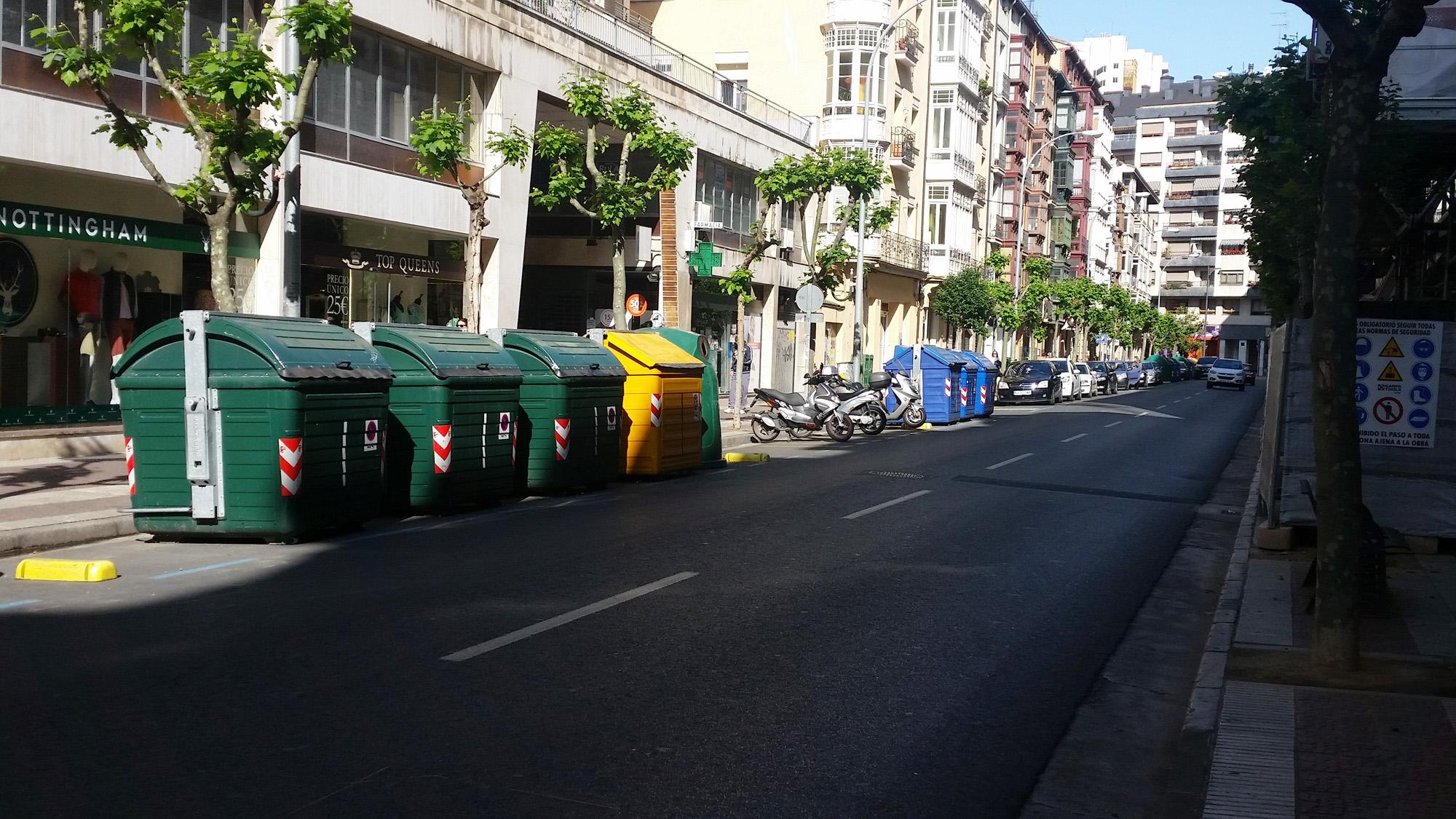Avenida de portugal la calle m s limpia de logro o - Espacios verdes logrono ...