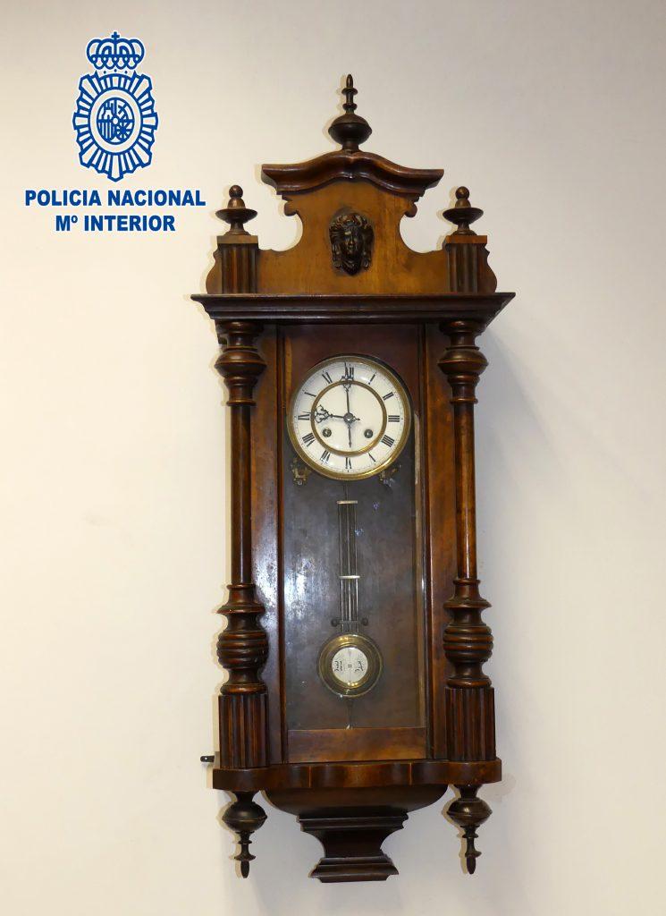fotrografia-reloj-logrono-robado