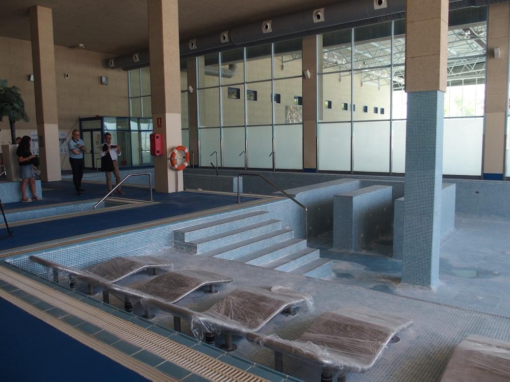 Lobete renueva sus piscinas para garantizar un estado for Instalaciones de albercas pdf