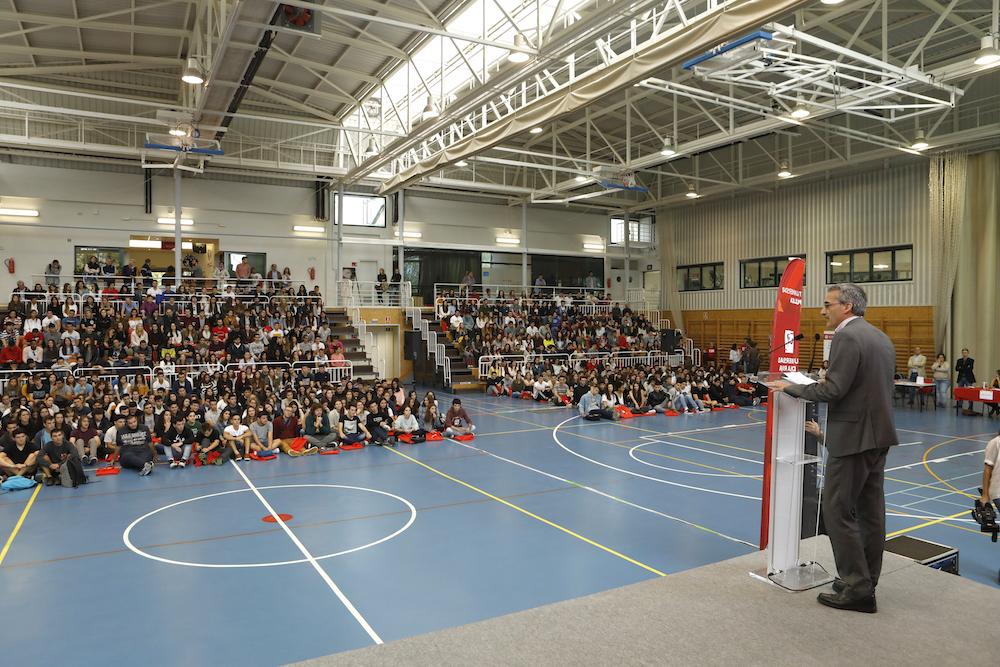 La universidad de la rioja da la bienvenida a los for Oficina del estudiante universidad de la rioja