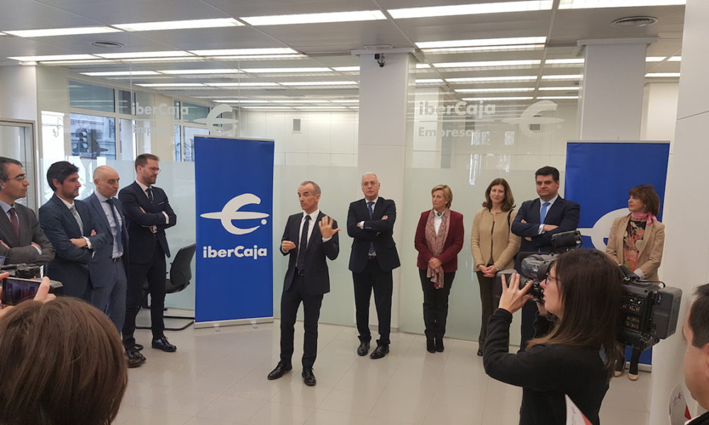 Ibercaja inaugura el 39 espacio empresas 39 en su oficina m s for Oficinas ibercaja