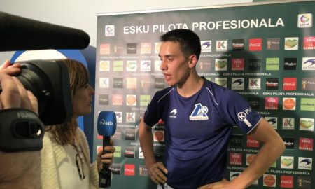 Javier Zabala, tras su debut en el frontón Javier Adarraga | Foto: ASPE Pelota