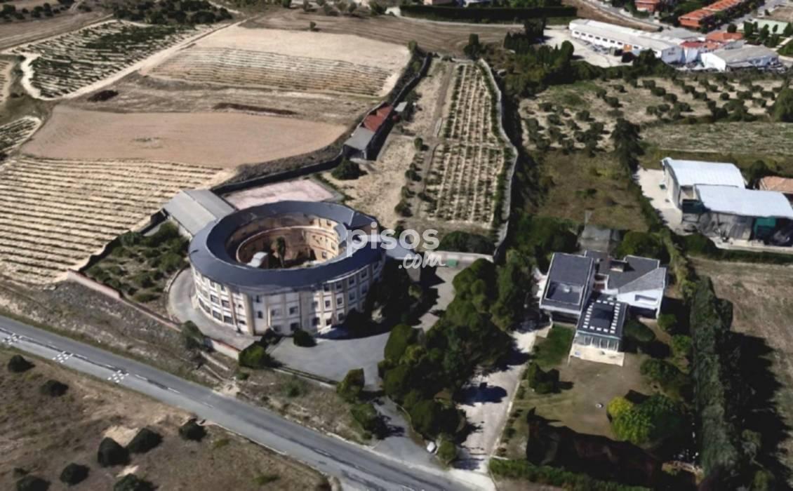 Monasterio a la venta en Oyón: 1,1 millones de euros - NueveCuatroUno