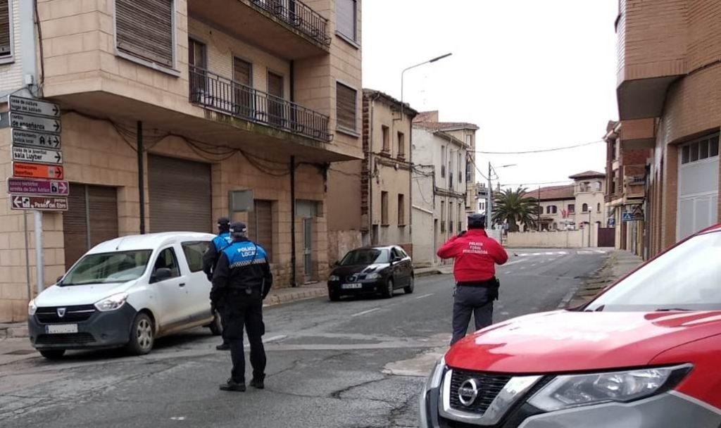 Control de la Policía Foral en San Adrián